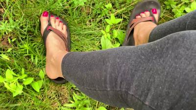 14643 - Worn Flip Flops JOI