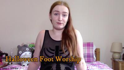 4559 - Halloween Foot Worship